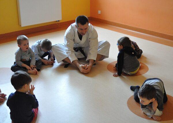 Zajęcia dodatkowe KARATE w Przedszkolu KAJTEK